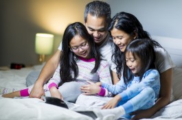 Limit setting insomnia - Can I have just one more hug? | Texas Children's Hospital